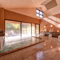 *大浴場(石風呂)/癒治に適した良質の湯をご堪能下さい。(男女毎日交替制でご利用いただけます。)