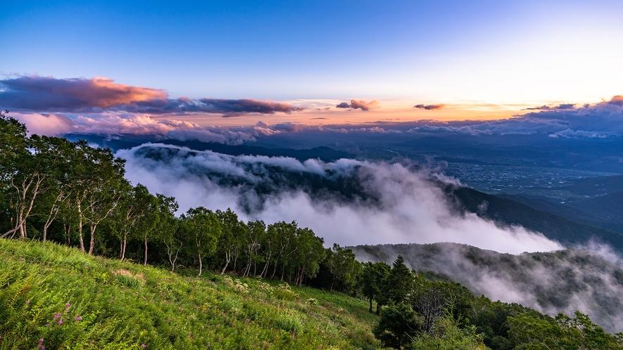 **竜王マウンテンパーク SORA terrace/当館から車で25分!絶景!夕景の雲海