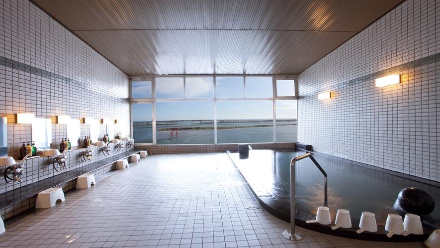 浜名湖~鳥居~太平洋を一望できる「大浴場 女湯」