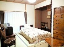 ベッドルーム 3