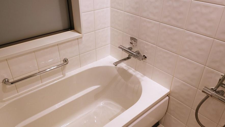 シングルルーム浴室 バストイレ別