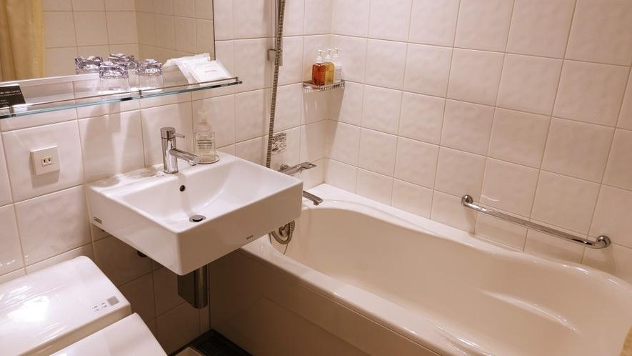 ダブルルーム浴室 ユニットバス