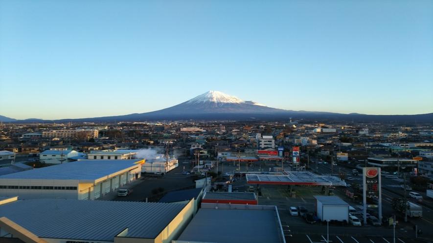 ホテルからの富士山4