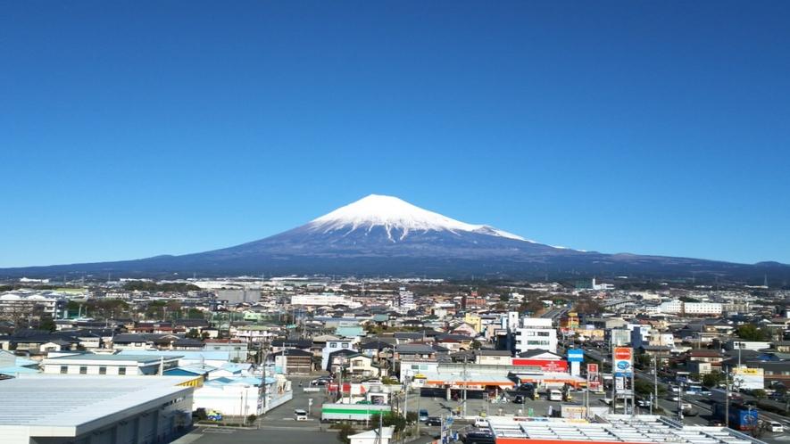 ホテルからの富士山3