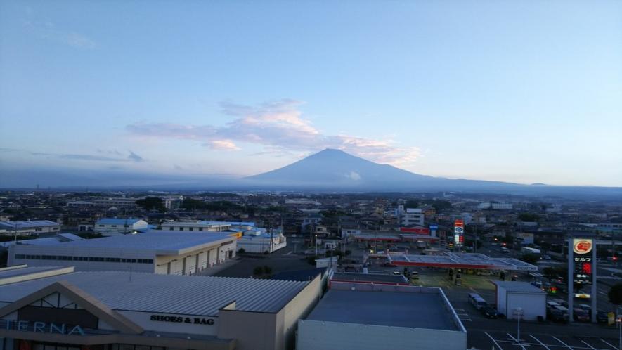 ホテルからの富士山10