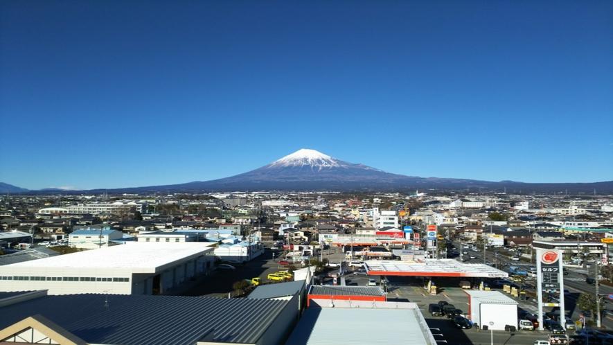 ホテルからの富士山5