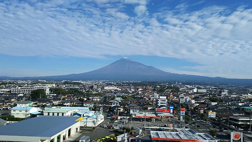 ホテルからの富士山1