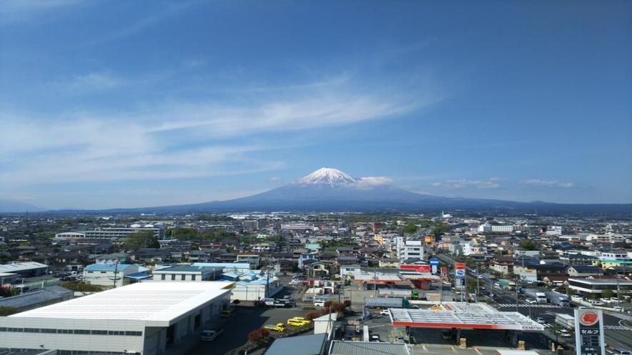 ホテルからの富士山7