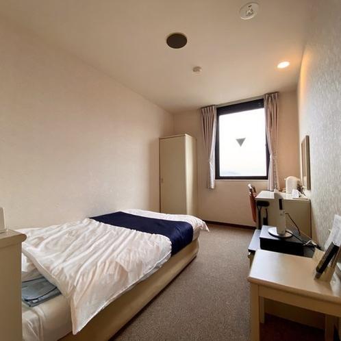 【シングル(禁煙/喫煙)】ビジネス・レジャー利用にも最適な客室です<Wi-Fi、ウォシュレット完備>