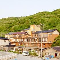 *日本海が目の前!絶好ロケーション&新鮮海の幸を味わう宿!
