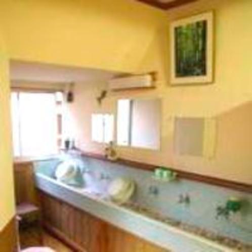 新館一階の洗面所