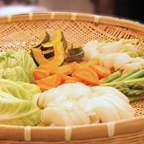 朝食バイキング 「熱々の野菜セイロ蒸し」