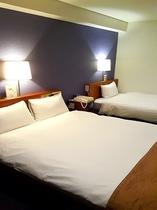 Twin-B room