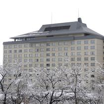 ホテル千秋閣(冬の外観)