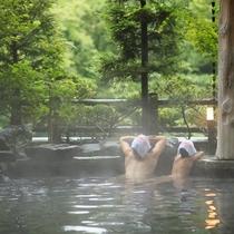 ファミリーに人気♪隣接するホテル紅葉館岩露天風呂