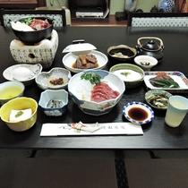 *【夕食全体例】澄んだ空気、清らかな水など自然に恵まれた伊那の素材を中心に使用しています。