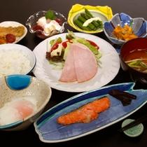 朝ごはんもしっかりお召し上がりになって、湯巡りに観光に…野沢温泉をお楽しみ下さい。