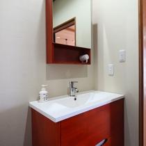 客室 洗面所(和室)