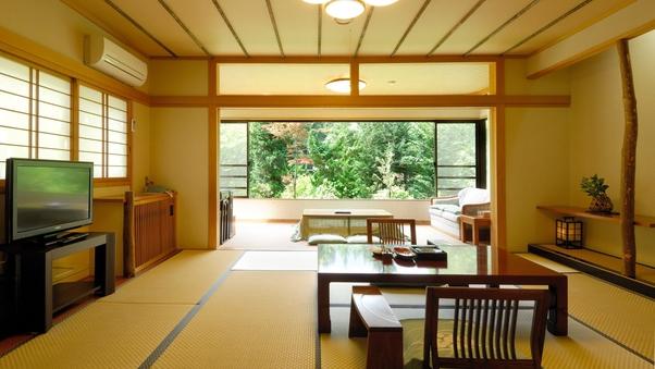 【階段あり!】谷川岳側の源泉かけ流し露天風呂付客室(禁煙)