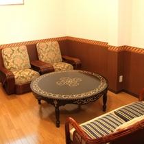 貸切展望露天風呂の休憩スペース