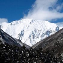 名山「谷川岳」が魅せる四季の美しさ 〜冬〜