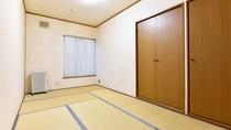 *[喫煙・和室2名]シンプルな造りの和室約7.5~8畳の客室です