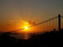 瀬戸大橋と秋の夕陽♪