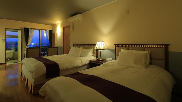 【連泊用ヴィラ】1階・客室+専用ガーデン 2階・寝室+テラス