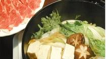 ・【すき焼き】当館特製のすき焼きダレを使用しております