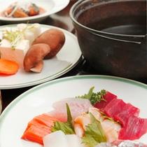 新鮮魚貝とお肉をササッと湯通し人気のお鍋♪♪