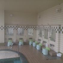 大浴場洗い場♪