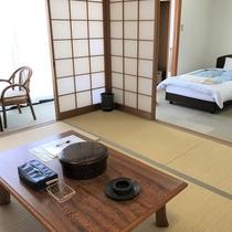 和洋室のお部屋です★冷蔵庫・TV・洗面台あります♪