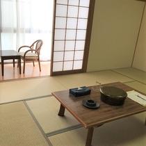 和室12畳のお部屋です★冷蔵庫・TV・洗面台あります♪