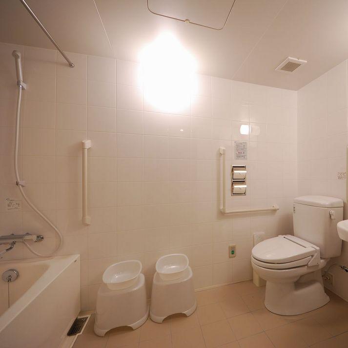 バスルーム(ユニバーサルダブル)