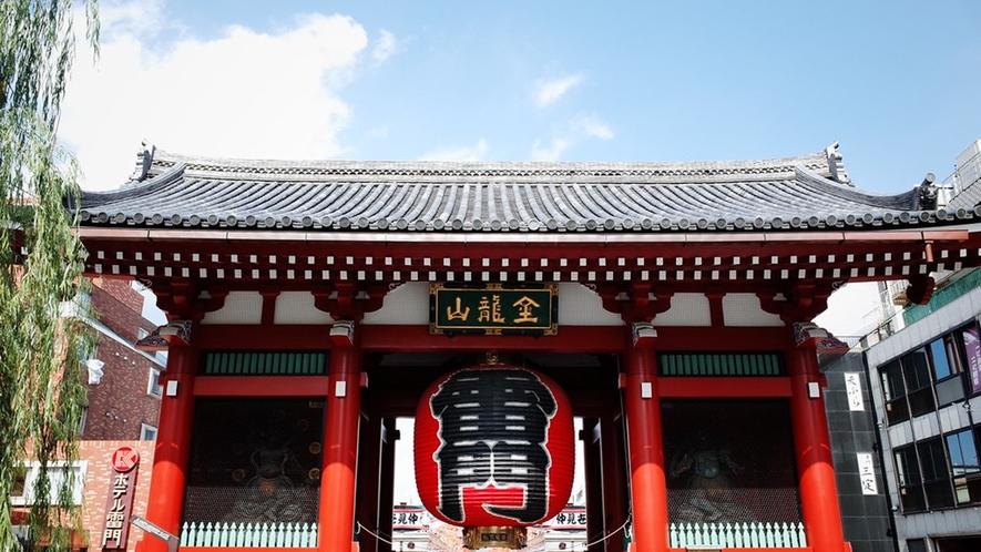 浅草雷門 ◆ 京橋駅より銀座線で浅草まで16分