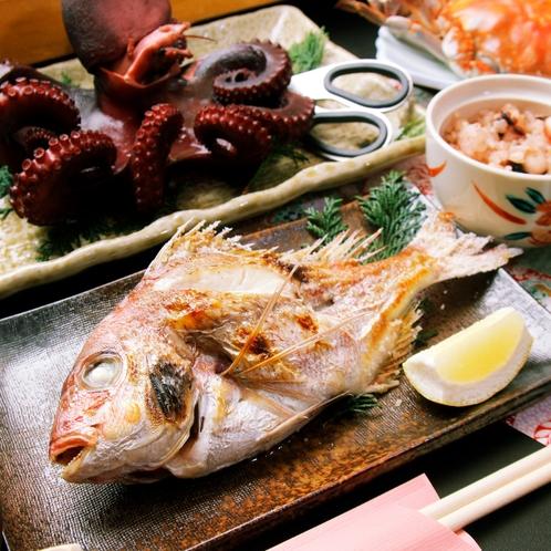 島周辺で獲れる天然鯛の焼物