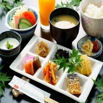 ◆御朝食◆由布岳の麓、マイナスイオンを浴びながらゆったりとしたご朝食※イメージ写真