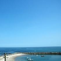 平野本店の客室は太平洋向きで、どの部屋からも海を望めます。