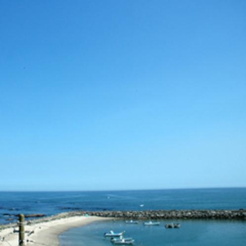 客室は太平洋向きで、どの部屋からも海を望めます。