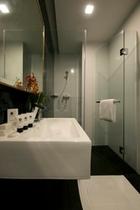 バスルーム (シャワー)