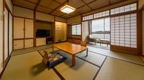 夕陽亭(3~5階/10畳~12.5畳一間)部屋一例