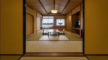 夕陽亭(3~5階/10畳+6畳二間)部屋一例
