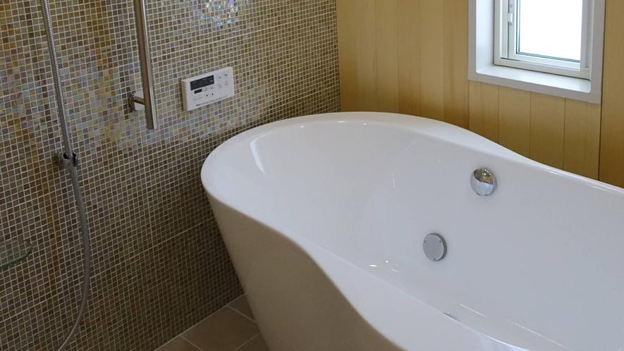・コテージイースト バスルーム