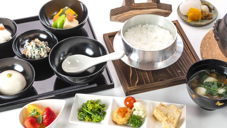 ・朝食+和食ご飯+1100円(税込み)