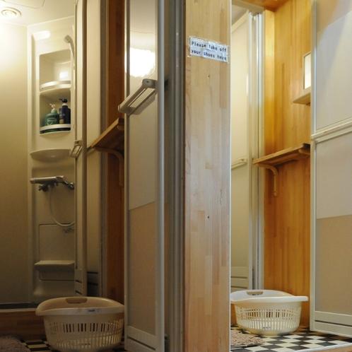 シャワールーム Shwer room