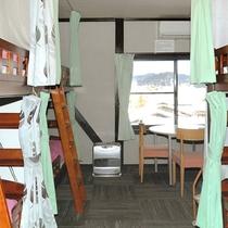 女性専用ドミトリー Female dormitory