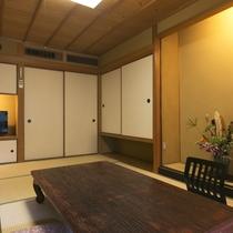標準客室◆和室10畳(バストイレ付)