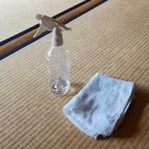 お客様の手に触れる、設備備品の消毒・殺菌清掃を強化しております。