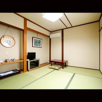 本館和室6畳、バス・トイレなし、冷蔵庫付 WiFi完備