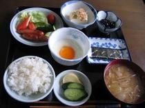 日替わりで和朝食をご用意しています。